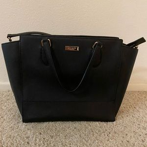 Kate Spade purse in black, grain leather